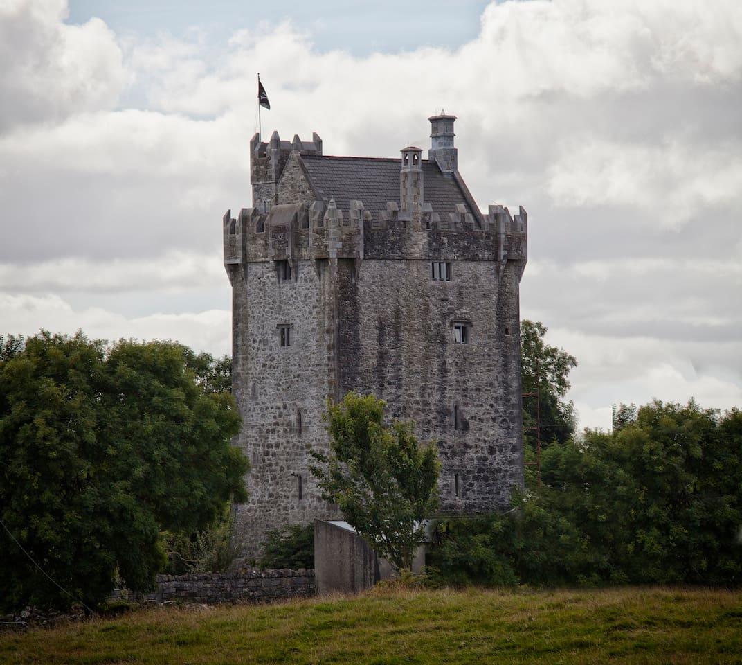 Rent a Cheap Castle