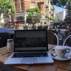 Ultime Atome Remote Working Cafe